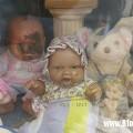 Bí ẩn về búp bê khóc trong ngôi mộ cô gái chết trẻ