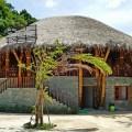 Ngôi nhà bằng tre lợp mái rạ xinh đẹp chống chịu được khí hậu mưa bão của Việt Nam
